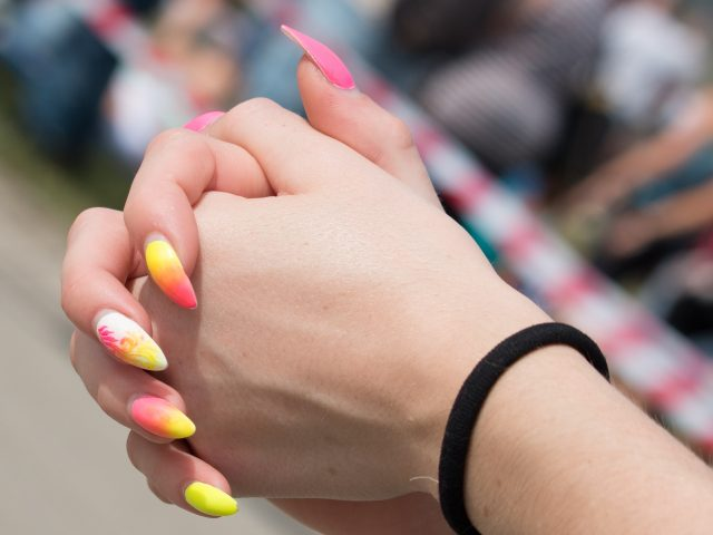 manicure hybrydowy warszawa